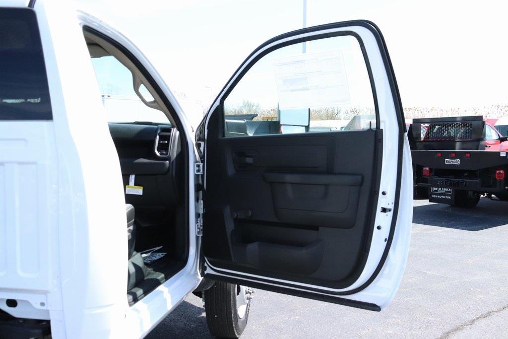 2020 Ram 5500 Regular Cab DRW 4x2, Cab Chassis #M20702 - photo 27