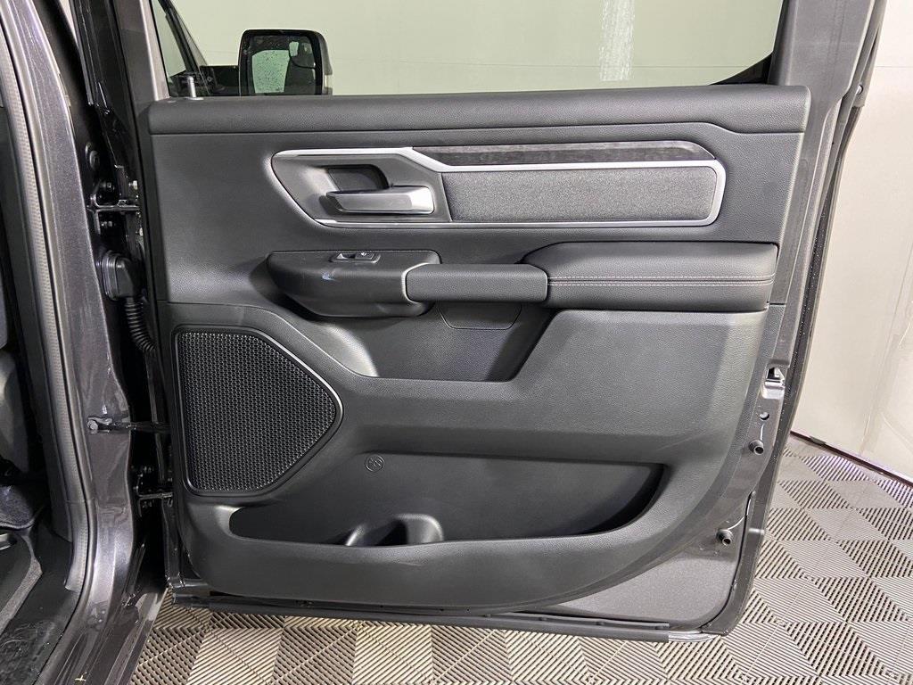 2020 Ram 1500 Crew Cab 4x4, Pickup #M20914 - photo 39