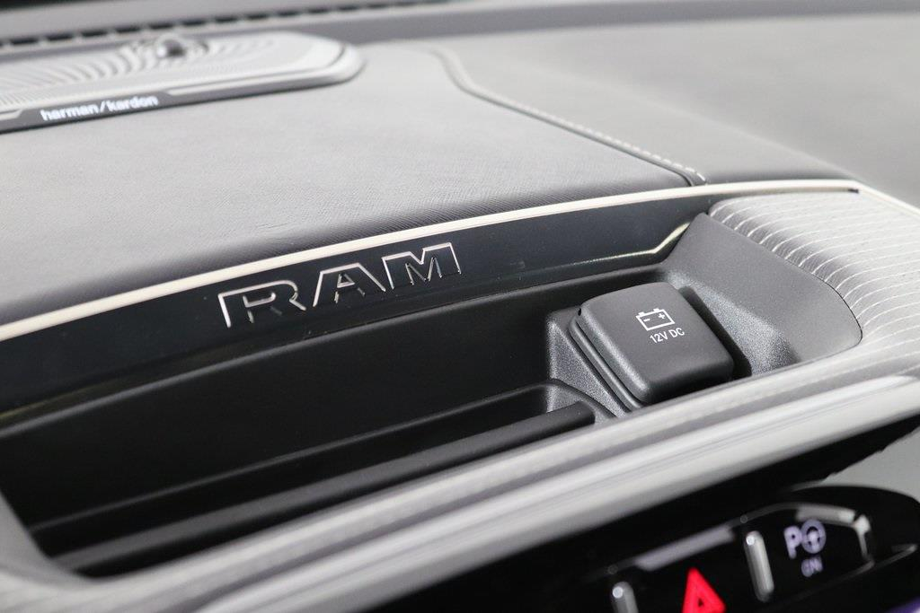 2021 Ram 1500 Crew Cab 4x4, Pickup #M210216 - photo 19