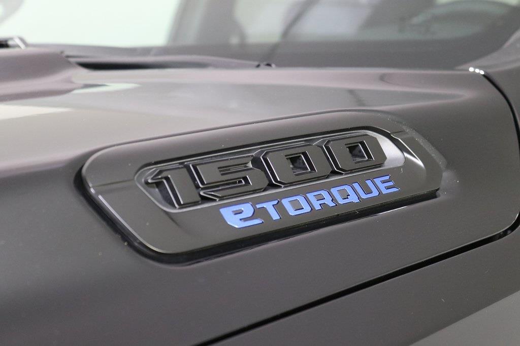 2021 Ram 1500 Crew Cab 4x4, Pickup #M210484 - photo 40