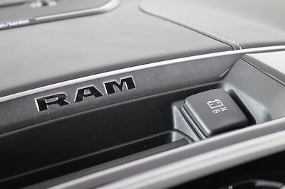 2021 Ram 2500 Crew Cab 4x4, Pickup #M210560 - photo 17