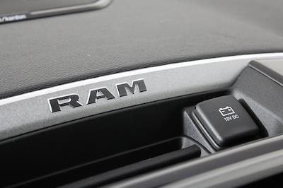 2021 Ram 1500 Crew Cab 4x4, Pickup #M210576 - photo 18