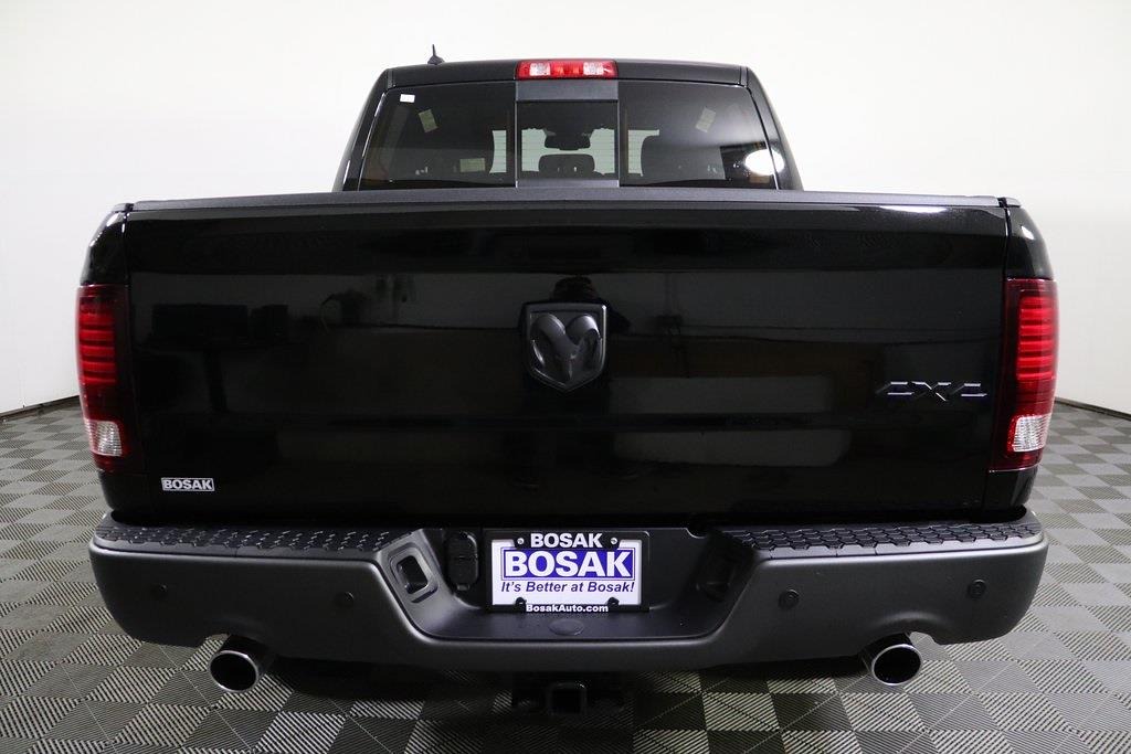 2021 Ram 1500 Crew Cab 4x4, Pickup #M210581 - photo 4