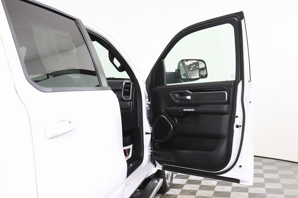 2021 Ram 1500 Crew Cab 4x4, Pickup #M210600 - photo 38