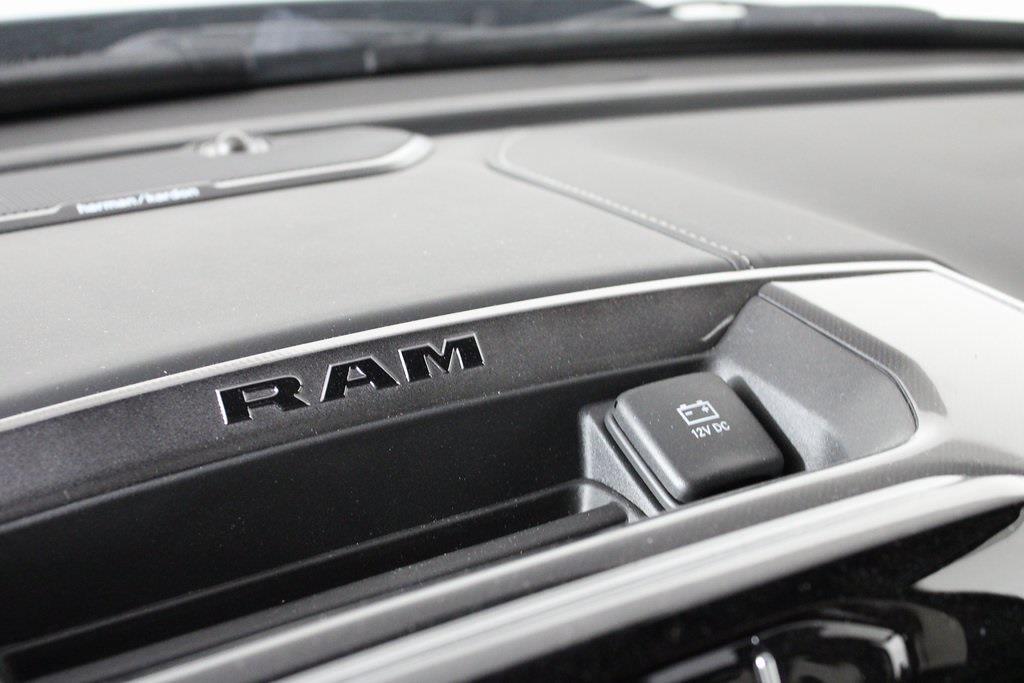 2021 Ram 2500 Crew Cab 4x4, Pickup #M210767 - photo 21