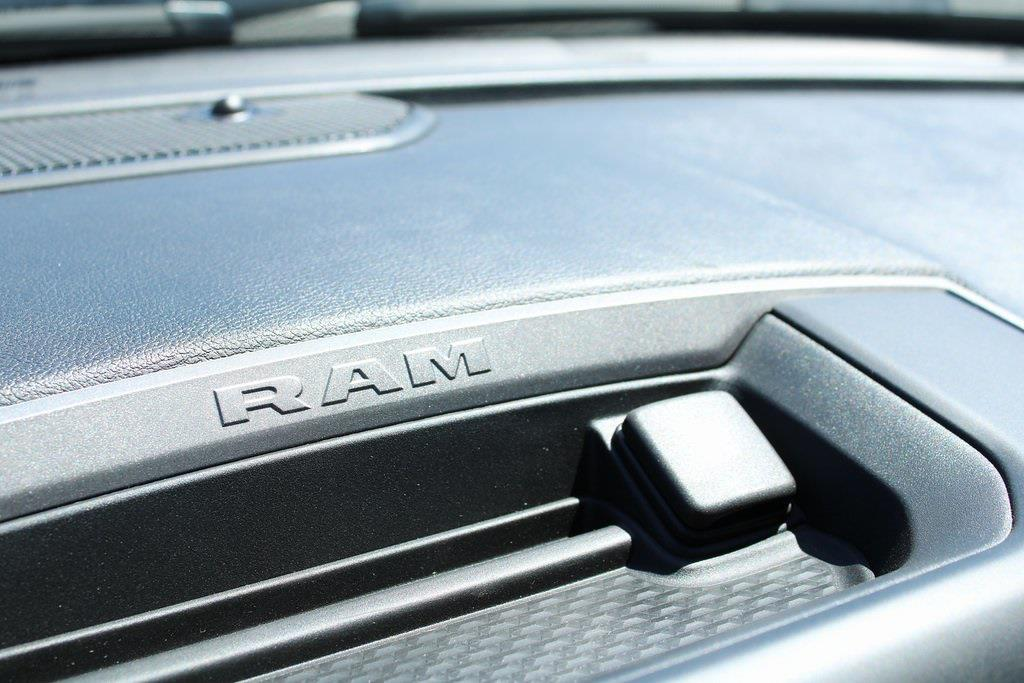 2021 Ram 3500 Regular Cab DRW 4x4, Service Body #M210797 - photo 15