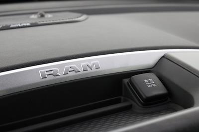 2021 Ram 1500 Crew Cab 4x4, Pickup #M210823 - photo 18