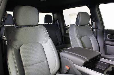 2021 Ram 1500 Crew Cab 4x4, Pickup #M210823 - photo 34