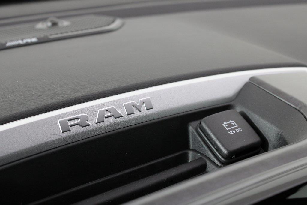 2021 Ram 1500 Crew Cab 4x4, Pickup #M210833 - photo 19