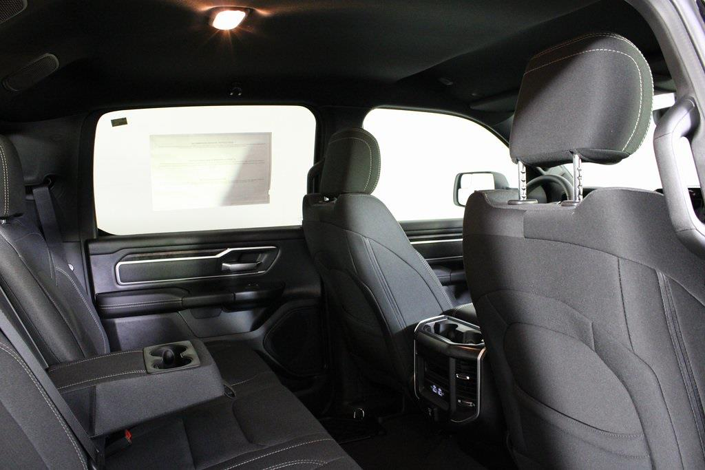 2021 Ram 1500 Crew Cab 4x4, Pickup #M210833 - photo 32