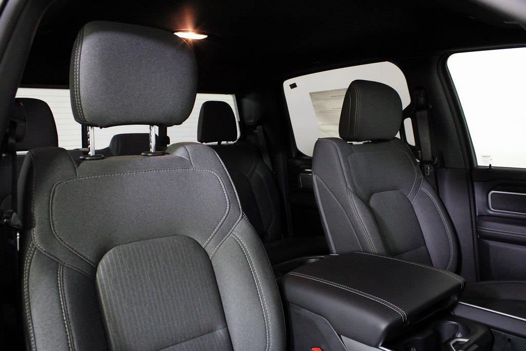 2021 Ram 1500 Crew Cab 4x4, Pickup #M210833 - photo 34