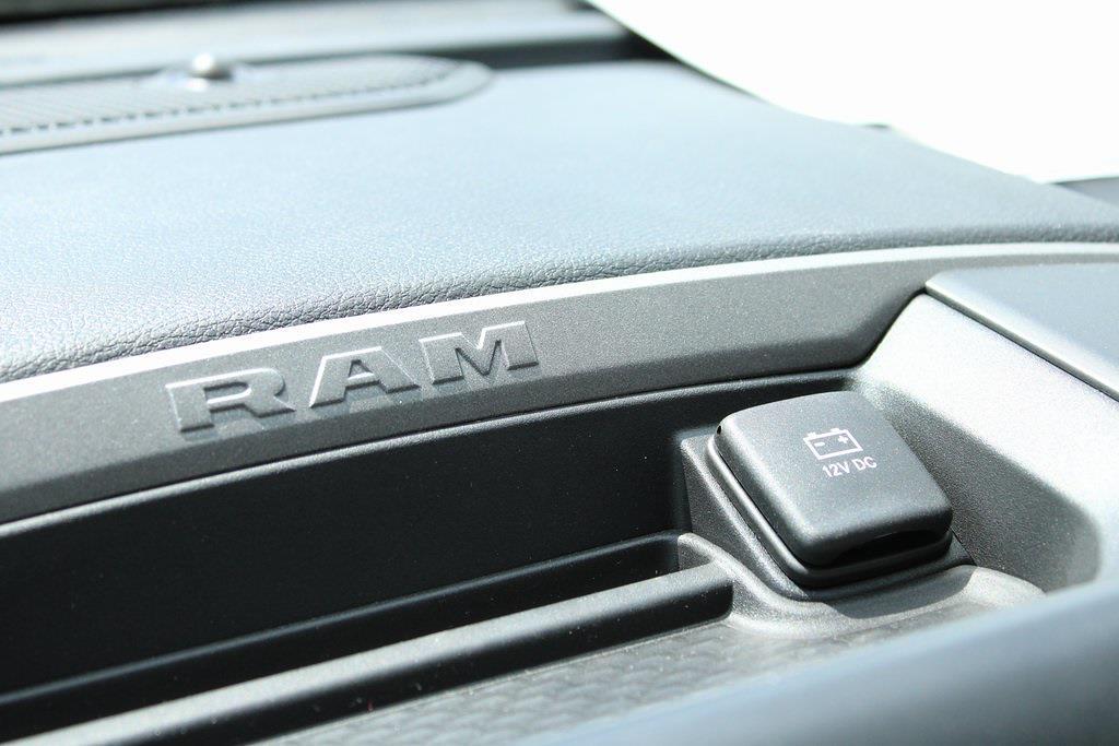 2021 Ram 5500 Crew Cab DRW 4x4, Knapheide Steel Service Body #M210842 - photo 18
