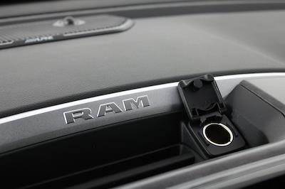 2021 Ram 1500 Crew Cab 4x4, Pickup #M210847 - photo 18