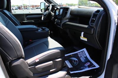 2021 Ram 5500 Regular Cab DRW 4x4, Knapheide Value-Master X Platform Body #M210850 - photo 26