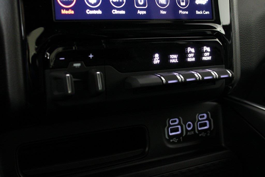 2021 Ram 1500 Crew Cab 4x4, Pickup #M210865 - photo 23