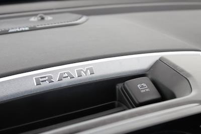 2021 Ram 1500 Crew Cab 4x4, Pickup #M210865 - photo 19