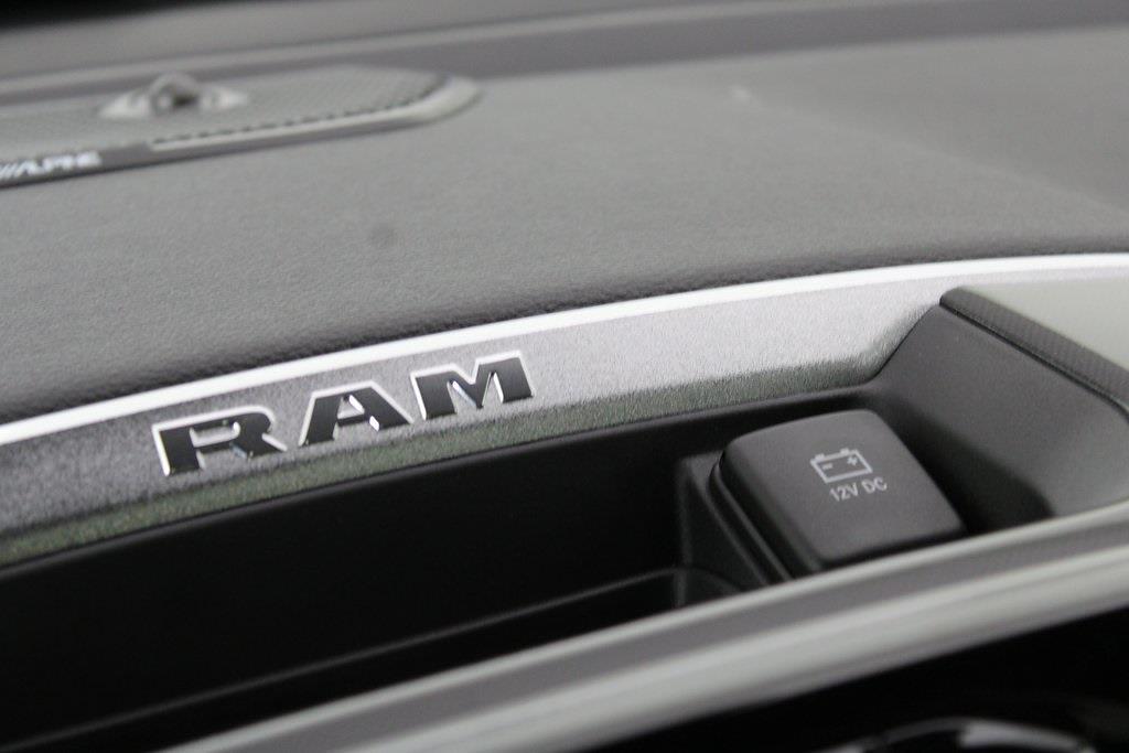 2021 Ram 1500 Crew Cab 4x4, Pickup #M210939 - photo 11