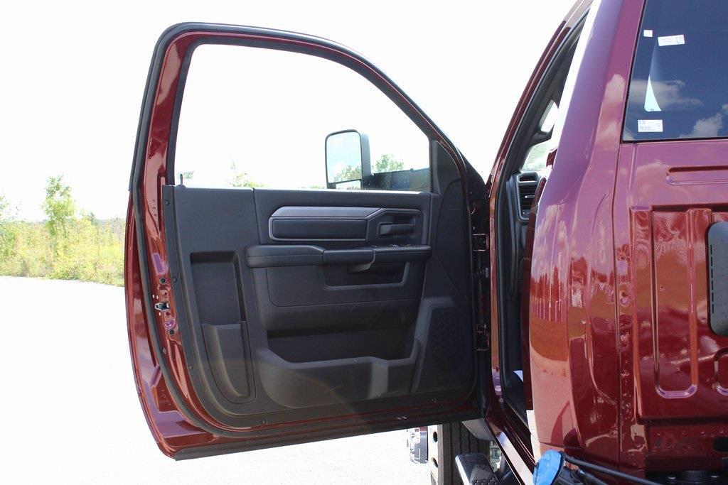 2021 Ram 5500 Regular Cab DRW 4x4,  Cab Chassis #M211062 - photo 21