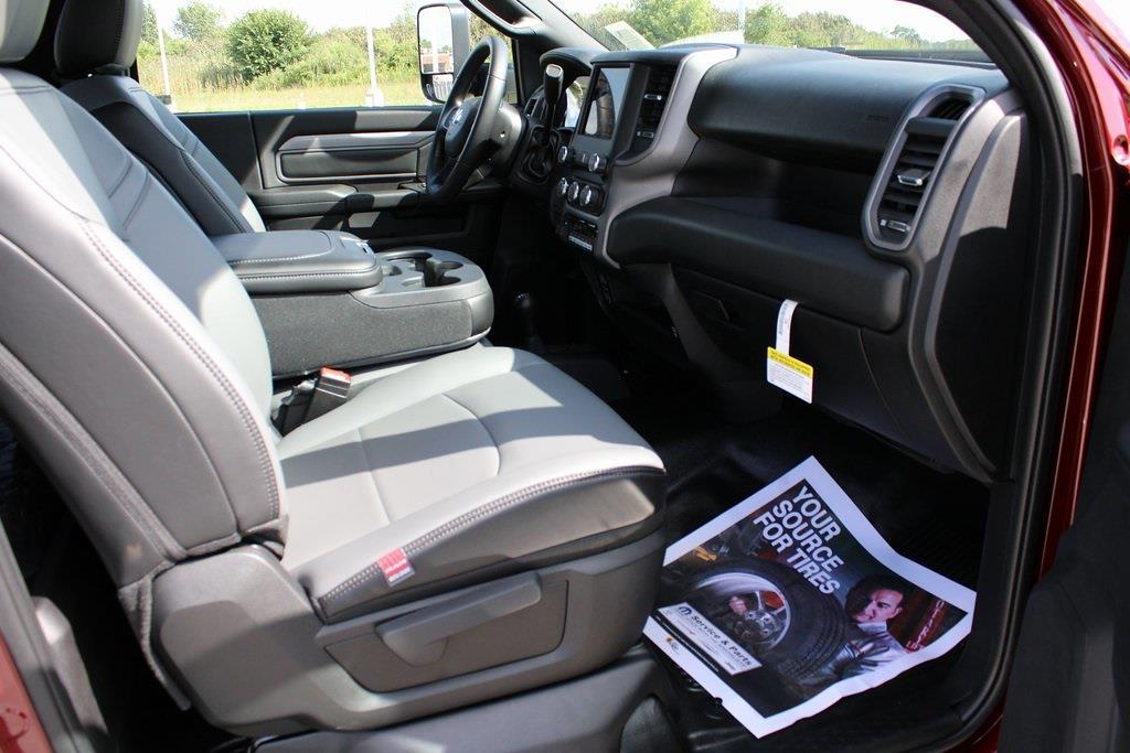 2021 Ram 5500 Regular Cab DRW 4x4,  Cab Chassis #M211062 - photo 23