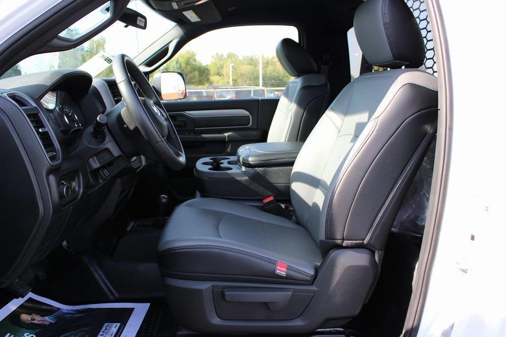 2021 Ram 4500 Regular Cab DRW 4x4,  Platform Body #M211151 - photo 11