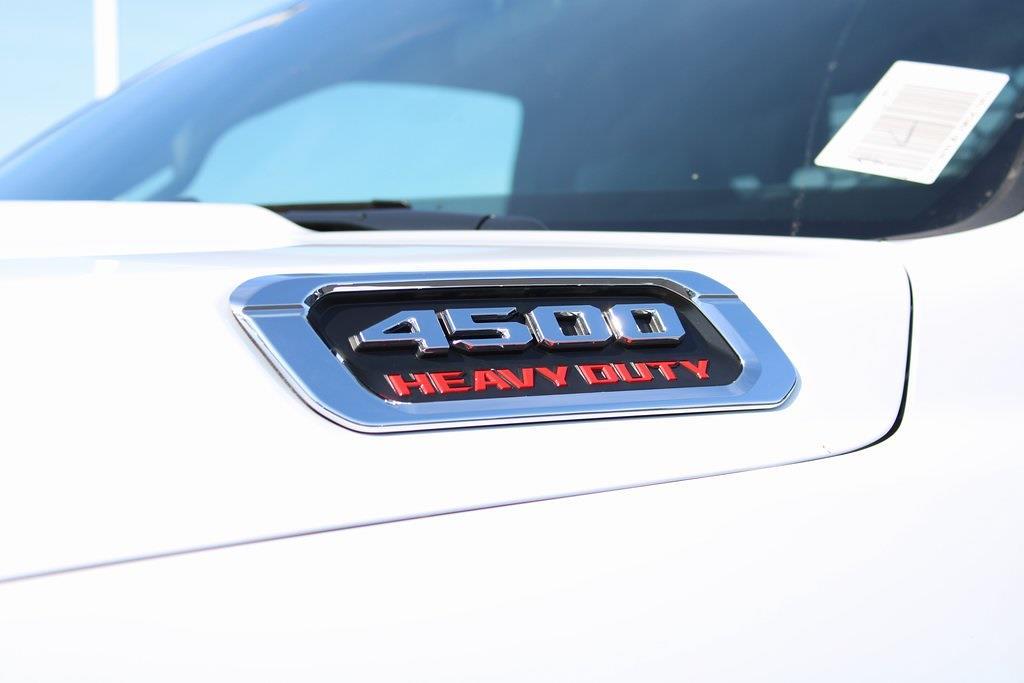 2021 Ram 4500 Regular Cab DRW 4x4,  Platform Body #M211151 - photo 26