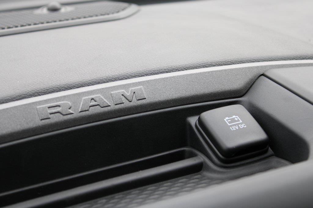 2021 Ram 5500 Crew Cab DRW 4x4,  Dump Body #M212024 - photo 21