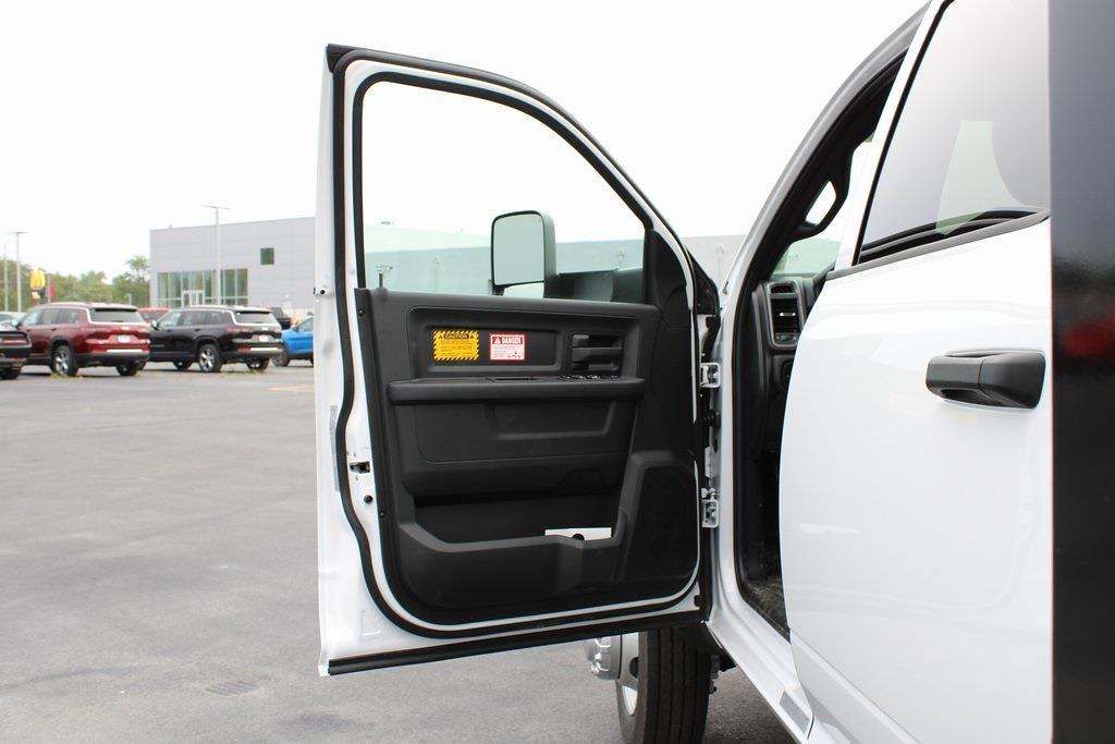 2021 Ram 5500 Crew Cab DRW 4x4,  Dump Body #M212024 - photo 27