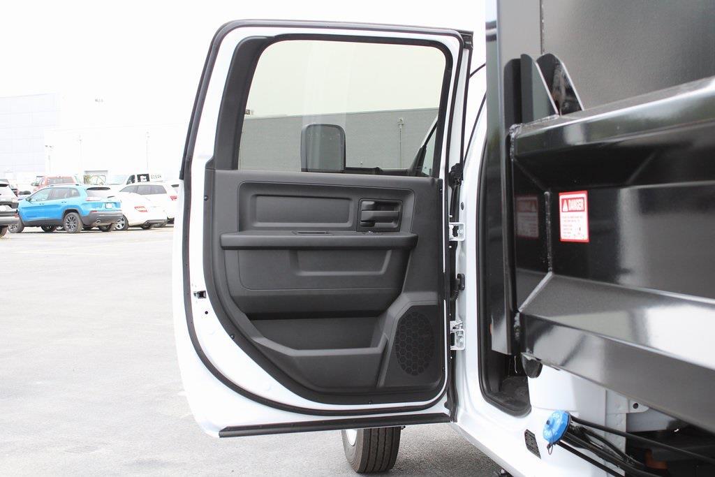 2021 Ram 5500 Crew Cab DRW 4x4,  Dump Body #M212024 - photo 30