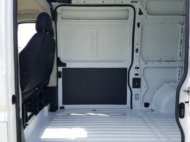 2018 ProMaster 2500 High Roof FWD,  Empty Cargo Van #R117466 - photo 6
