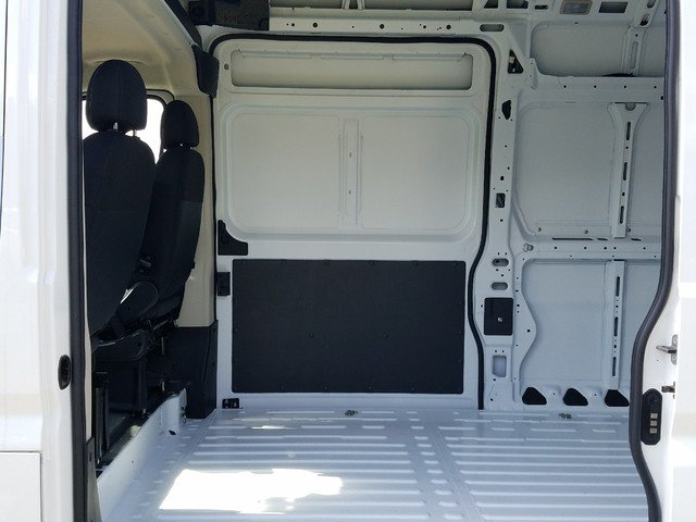 2018 ProMaster 2500 High Roof FWD,  Empty Cargo Van #R117479 - photo 6