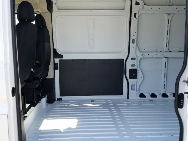 2018 ProMaster 2500 High Roof FWD,  Empty Cargo Van #R117480 - photo 6