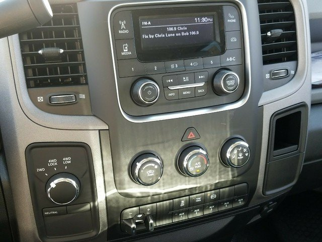 2018 Ram 3500 Crew Cab DRW 4x4, Warner Service Body #R136618 - photo 10