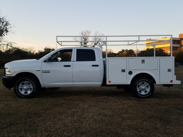 2018 Ram 2500 Crew Cab, Warner Service Body #R172698 - photo 4