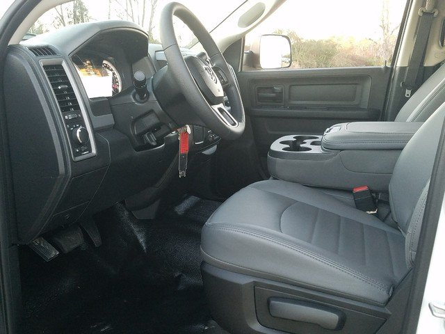 2018 Ram 2500 Crew Cab, Warner Service Body #R172698 - photo 5