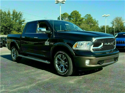 2018 Ram 1500 Crew Cab 4x4 Pickup #R197718 - photo 3