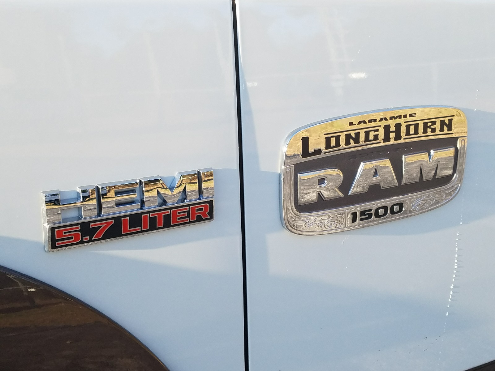 2018 Ram 1500 Crew Cab 4x4, Pickup #R197720 - photo 8
