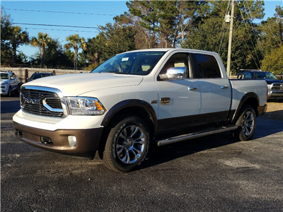 2018 Ram 1500 Crew Cab 4x4, Pickup #R197720 - photo 1