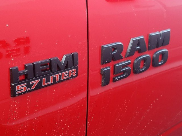 2018 Ram 1500 Crew Cab 4x4,  Pickup #R197726 - photo 9