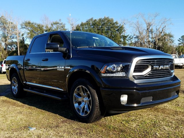 2018 Ram 1500 Crew Cab 4x4,  Pickup #R224231 - photo 3