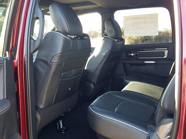 2018 Ram 1500 Crew Cab 4x4, Pickup #R224235 - photo 6