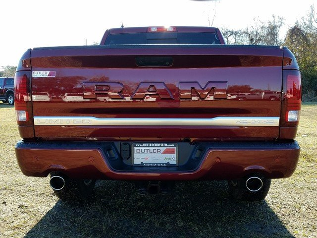 2018 Ram 1500 Crew Cab 4x4, Pickup #R224235 - photo 2