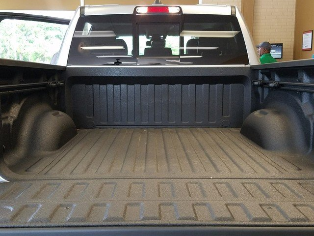 2019 Ram 1500 Crew Cab 4x4,  Pickup #R504649 - photo 7