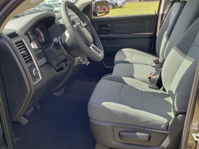 2019 Ram 1500 Crew Cab 4x2,  Pickup #R507667 - photo 4