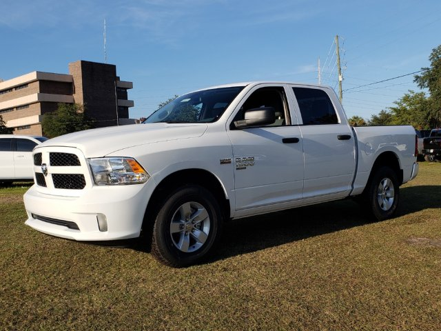 2019 Ram 1500 Crew Cab 4x4,  Pickup #R531527 - photo 1