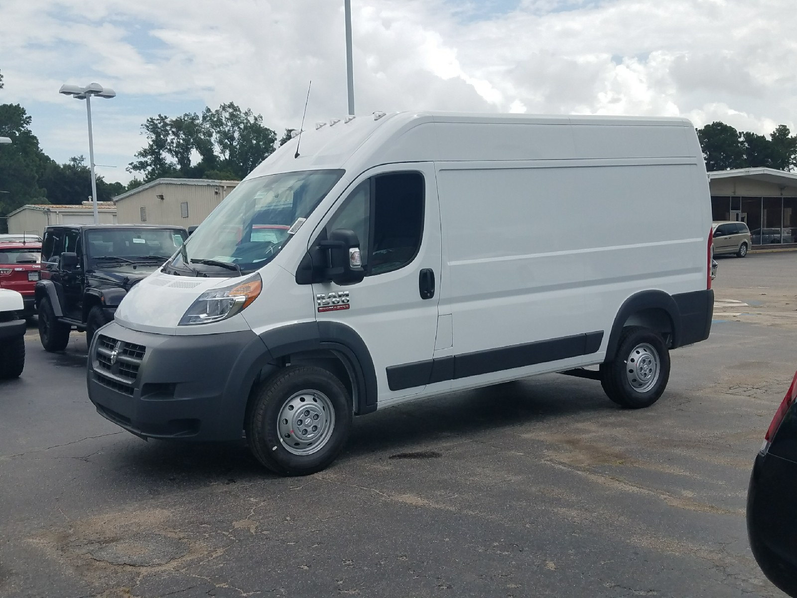 2017 ProMaster 1500 High Roof, Cargo Van #R549422 - photo 4