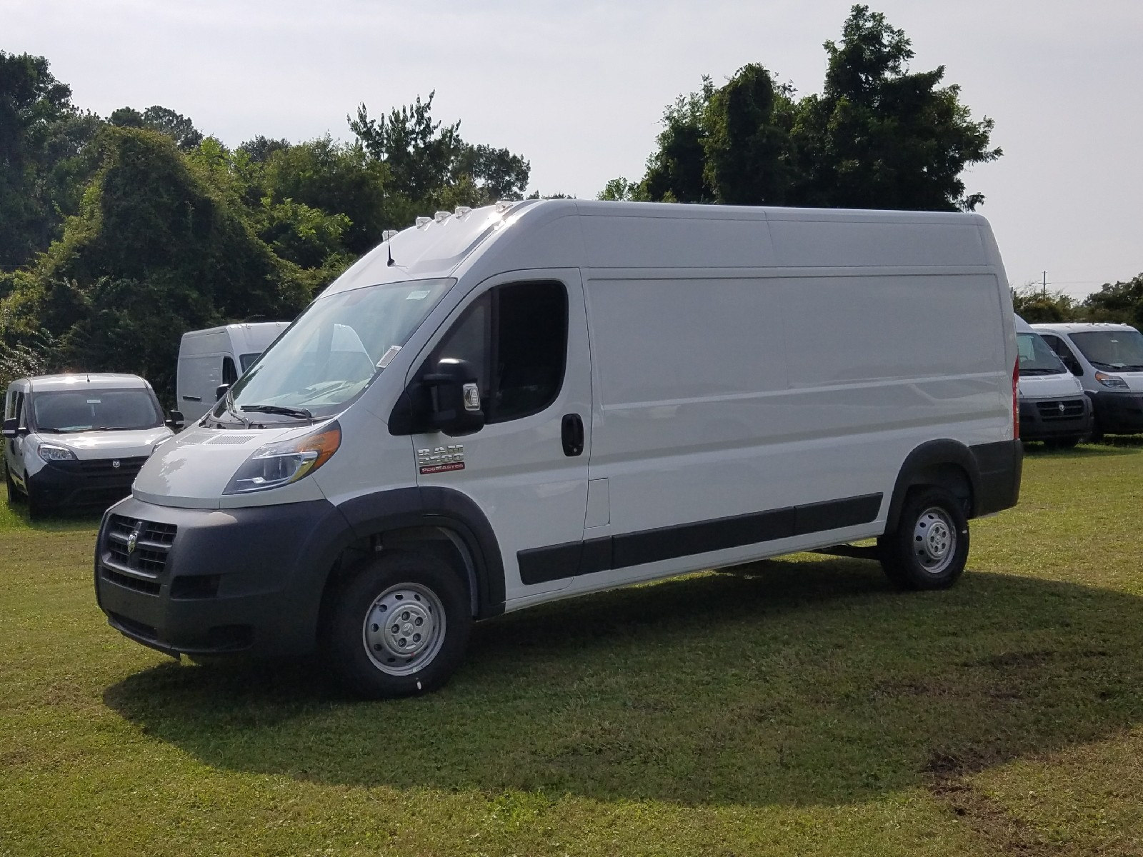 2017 ProMaster 2500 High Roof, Cargo Van #R549589 - photo 3