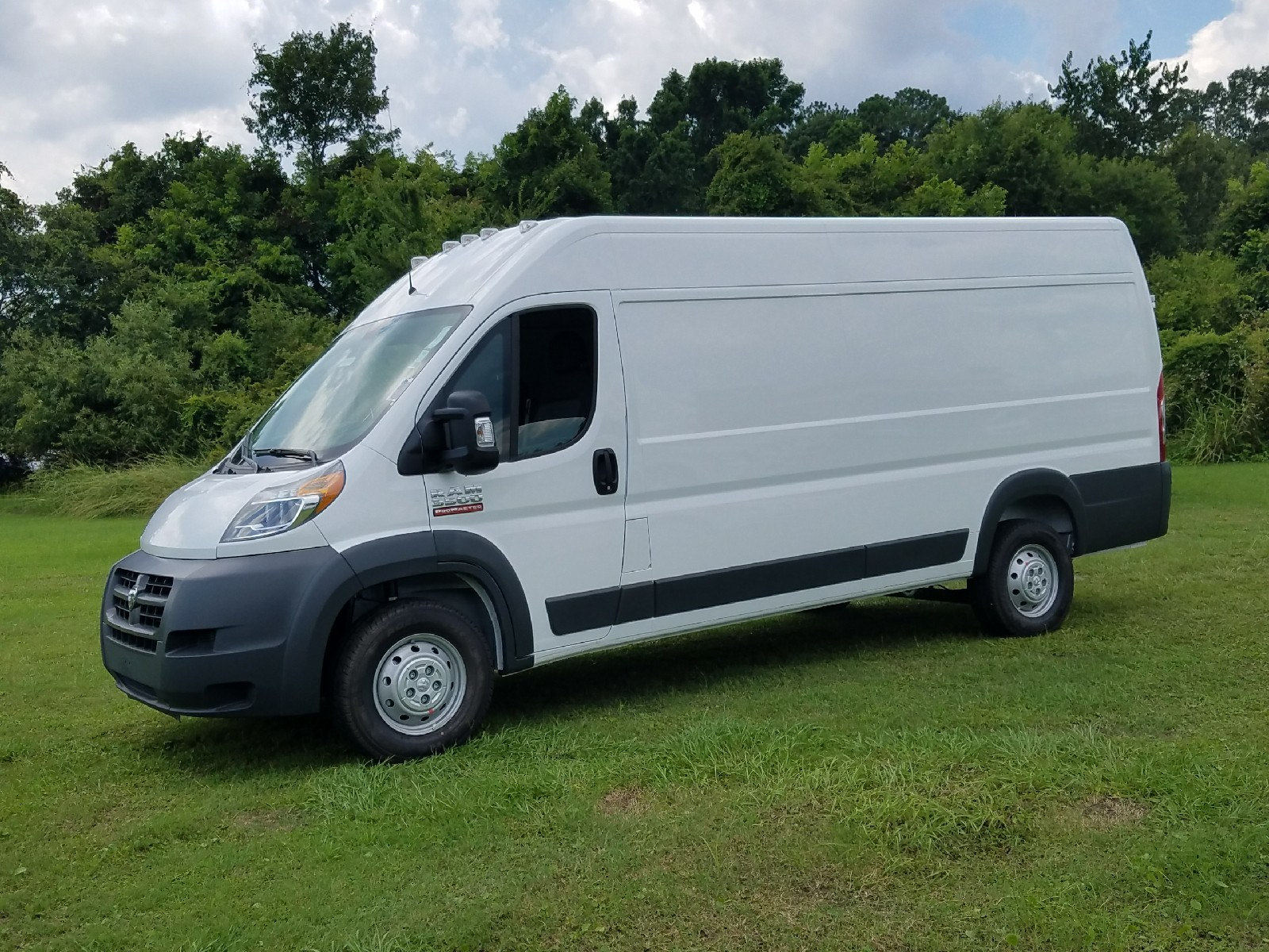 2017 ProMaster 3500 High Roof, Cargo Van #R549706 - photo 3