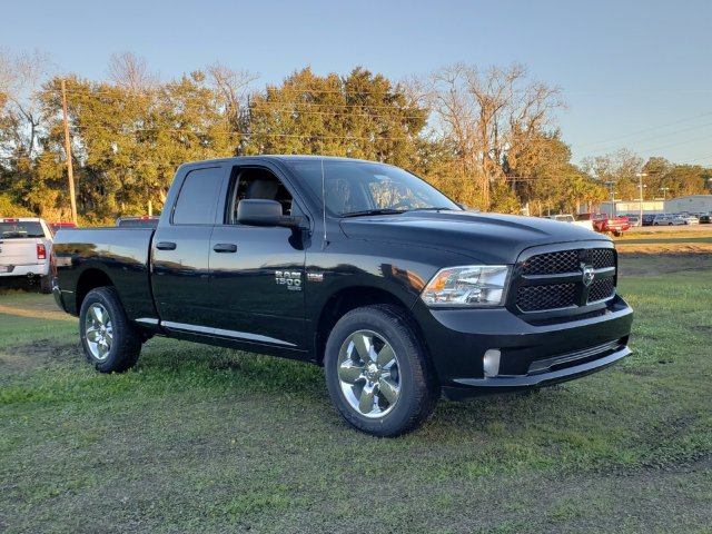 2019 Ram 1500 Quad Cab 4x2,  Pickup #R552494 - photo 3