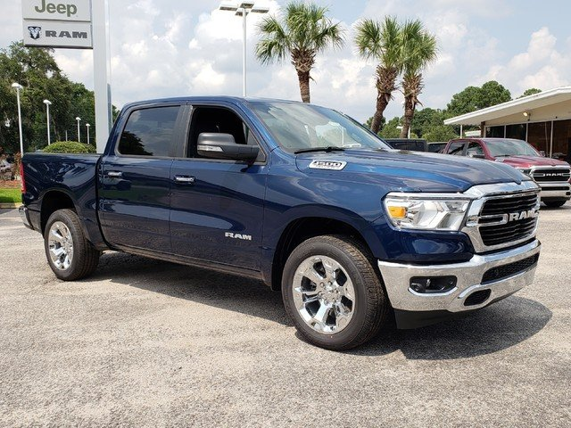 2019 Ram 1500 Crew Cab 4x2,  Pickup #R617872 - photo 3