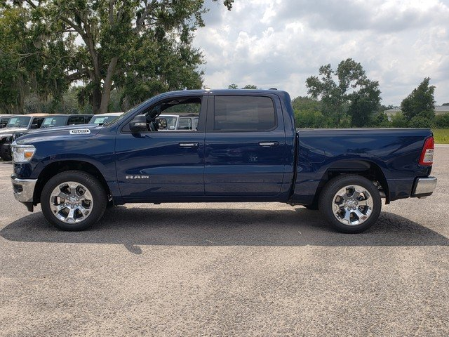 2019 Ram 1500 Crew Cab 4x2,  Pickup #R617872 - photo 4